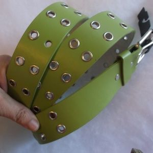 NWT Green Leather Grommet Belt L FLAW
